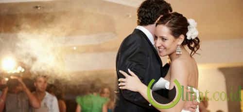 Tamu pesta pernikahan