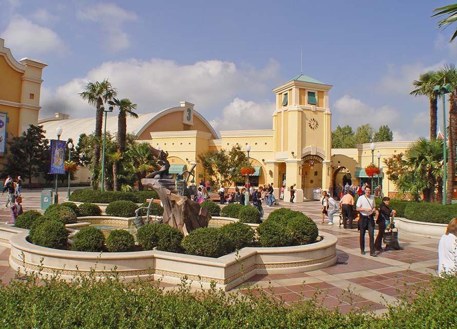 Disneyland Paris Park - Walt Disney Studios La Place des Frères Lumière