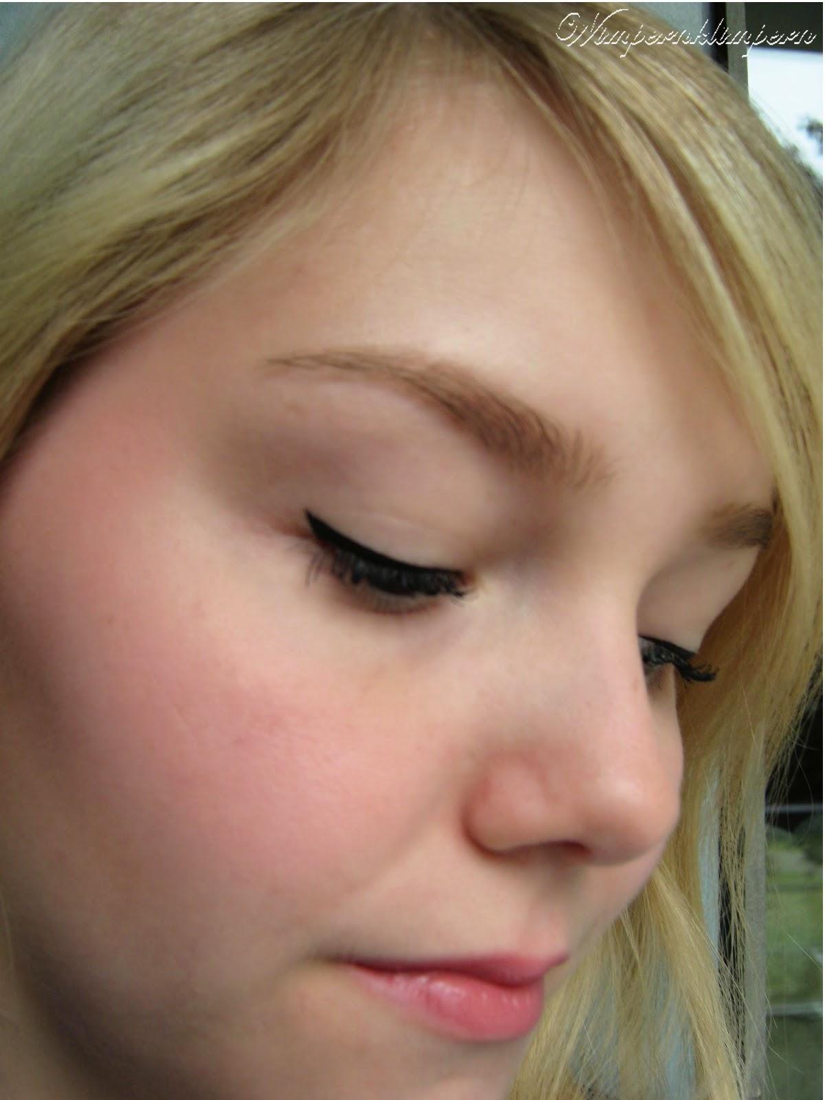 Büro Make-up Detail