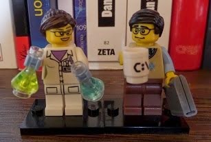 Legos científica e ingeniero