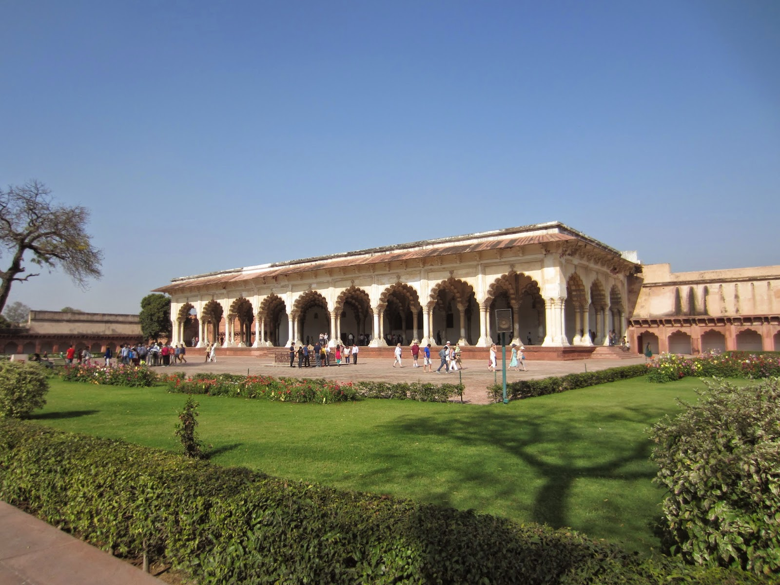 My world red fort agra for Diwan i aam images