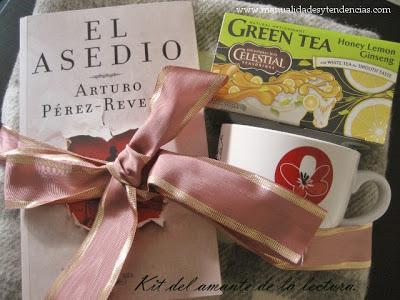 Idea regalo Navidad: manta+libro+taza+té / Gift idea / Idée cadeau