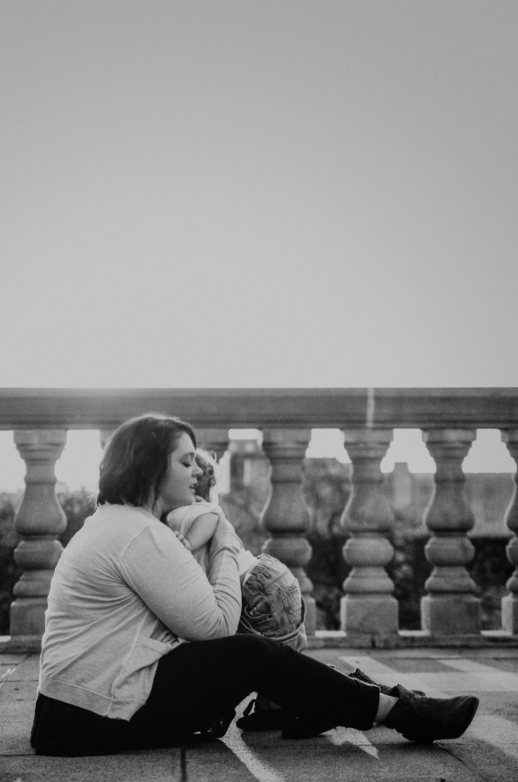 black and white photo of mom and baby, indianapolis family photographer