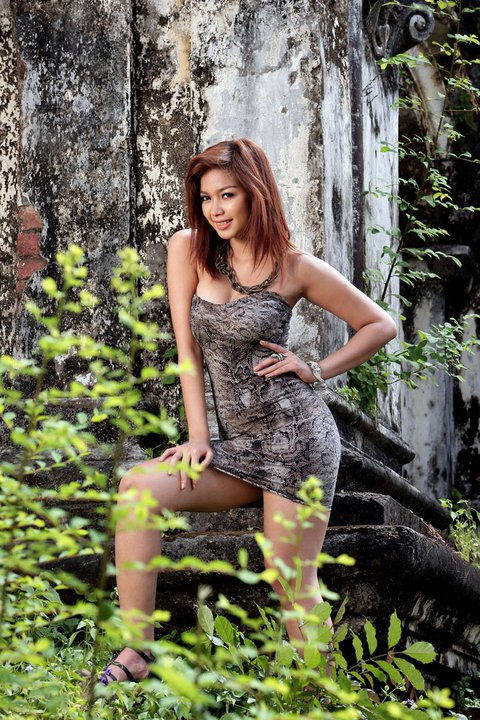 Myanmar Celebrity Sexy Model Nwe Nwe Tun-02