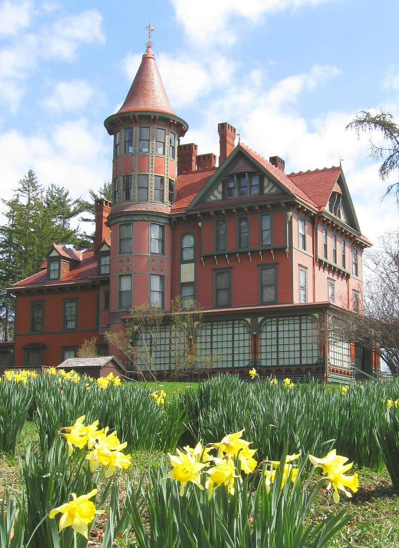 Hudson River Mansions Open For Tours