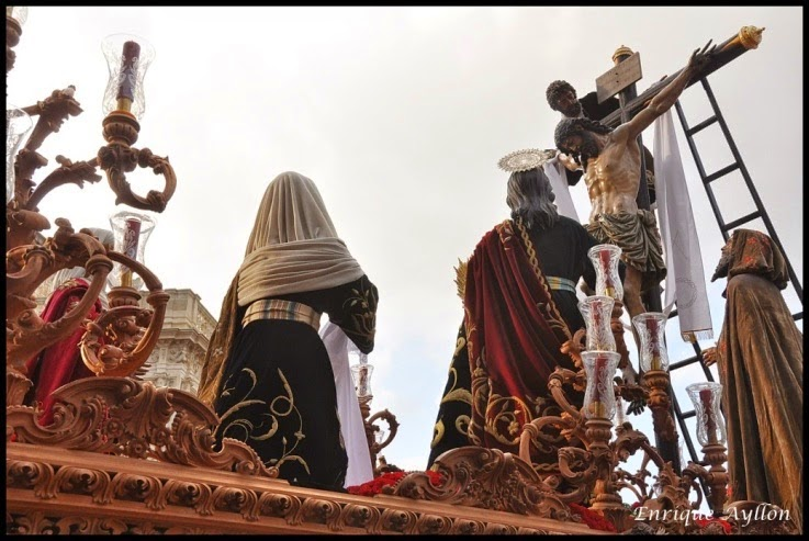 Estrenos- de- La- Semana- Santa- de- Sevilla- 2015