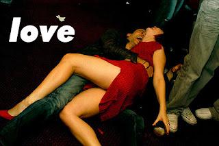 Cerita Cinta : Kisah Cinta Sejati Mengharukan