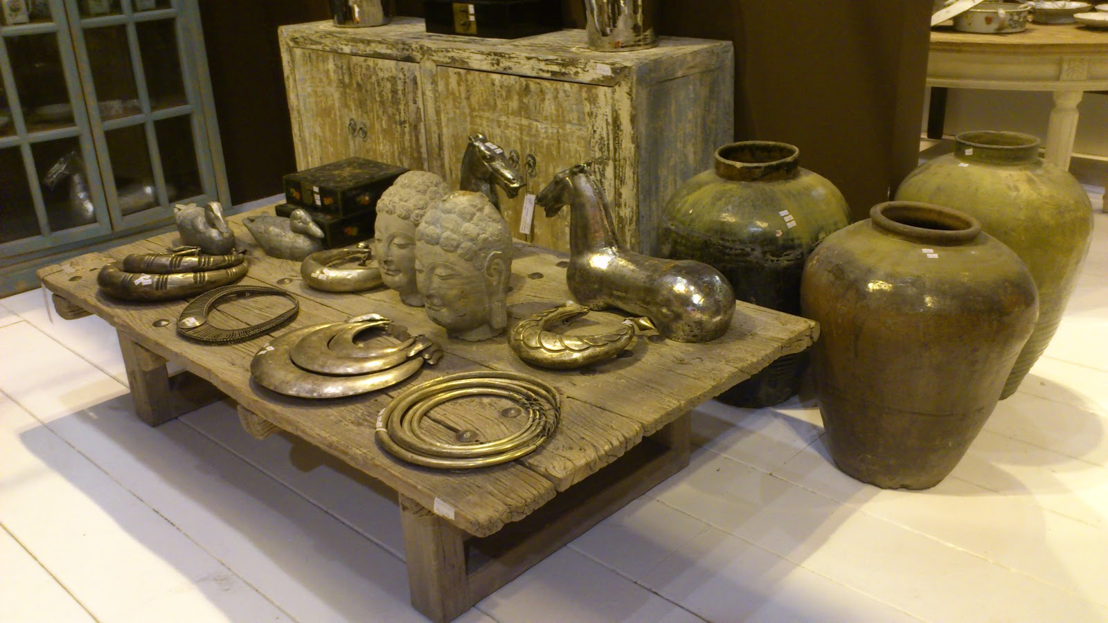 Tendencias en decoraci n y muebles en giftrends madrid 2013 for V dinastia muebles