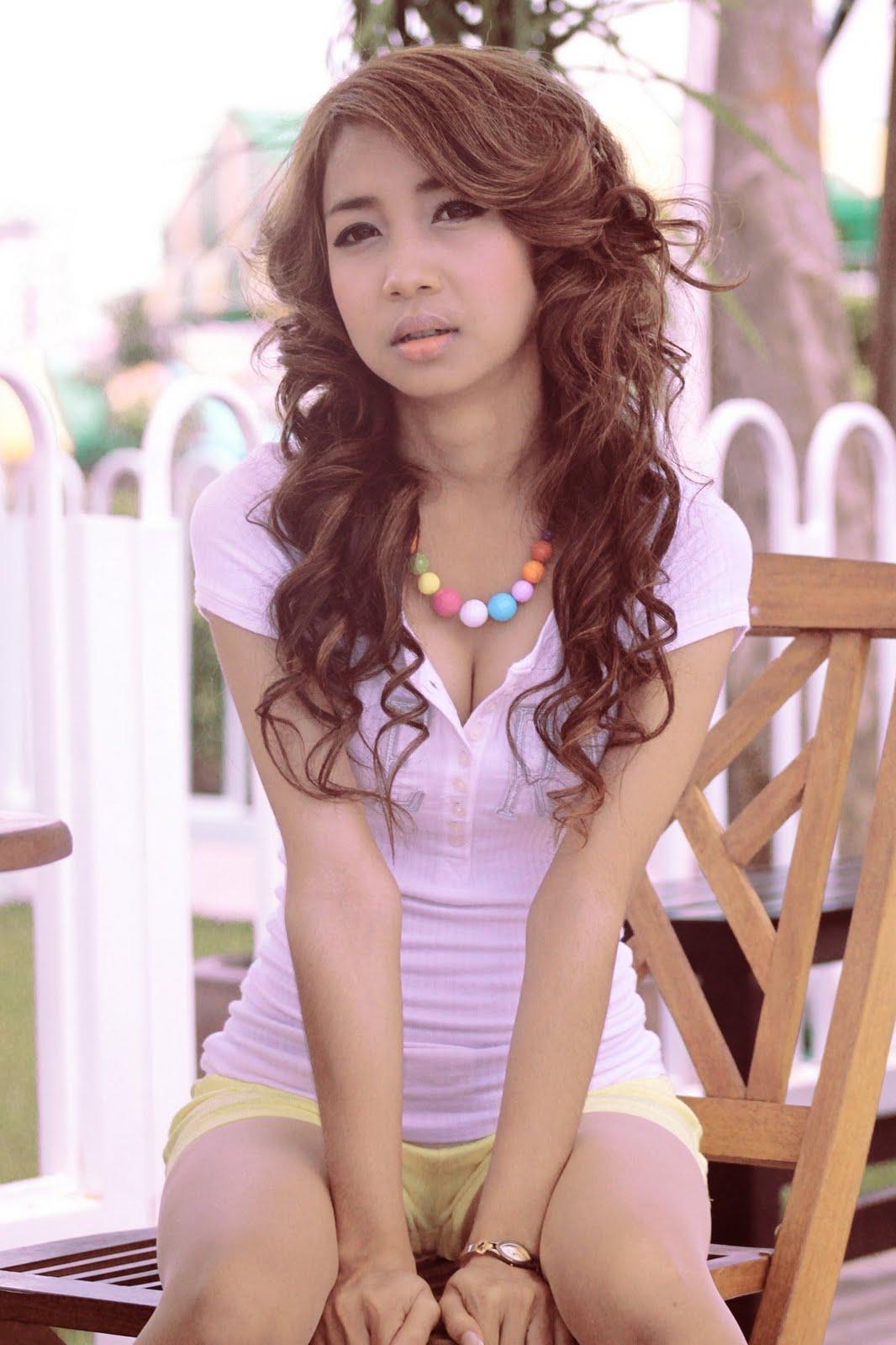http://3.bp.blogspot.com/-Q1P-lhxfci0/Tey0U4_-t0I/AAAAAAAAInk/rCzq_N6VV1M/s1600/Nita+Dalice+is+98%2525+sexy+today%2521+%25283%2529.jpg