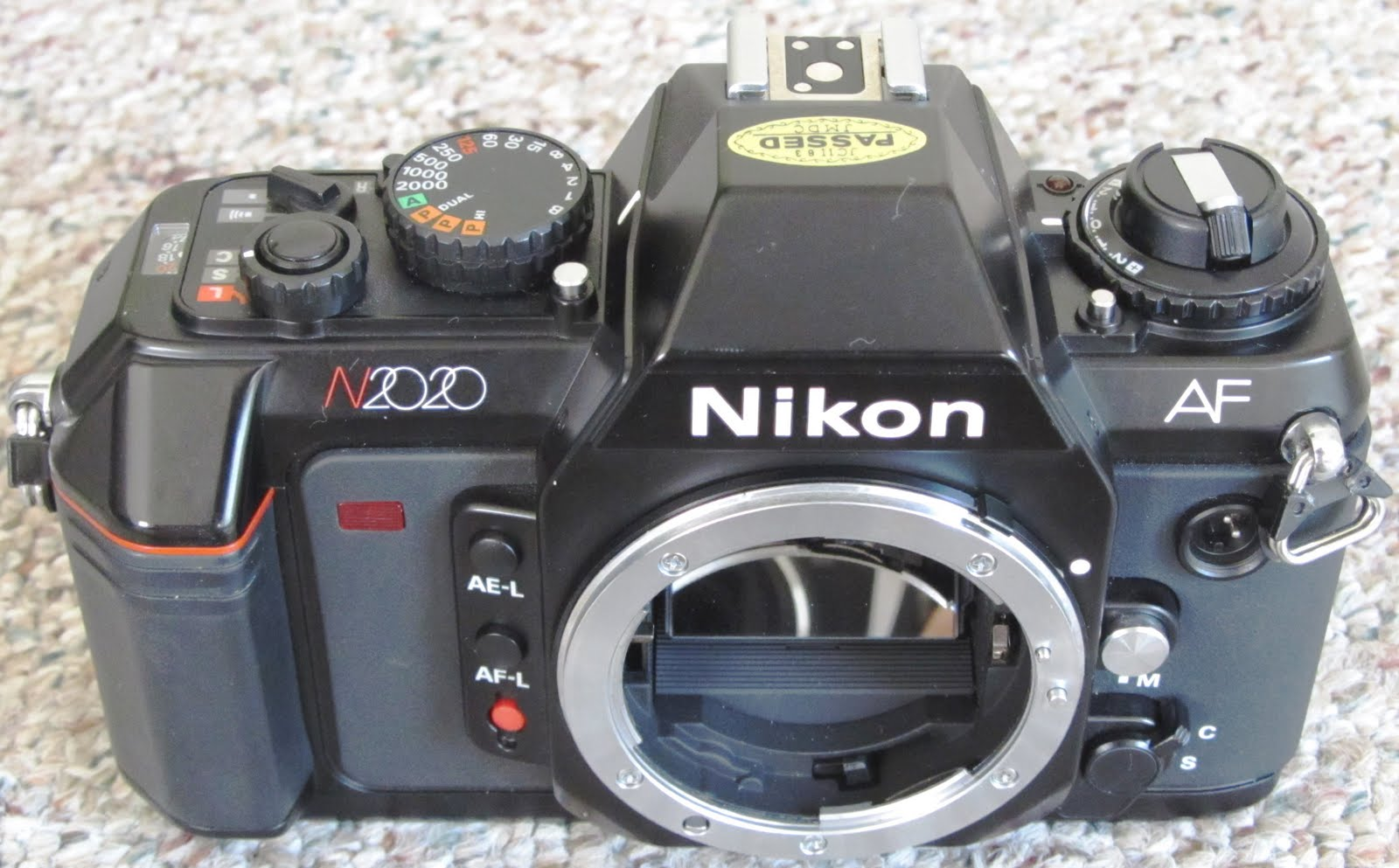 the chens the user s review nikon n2020 f 501 outside n america rh mailch blogspot com Nikon En Nikon En