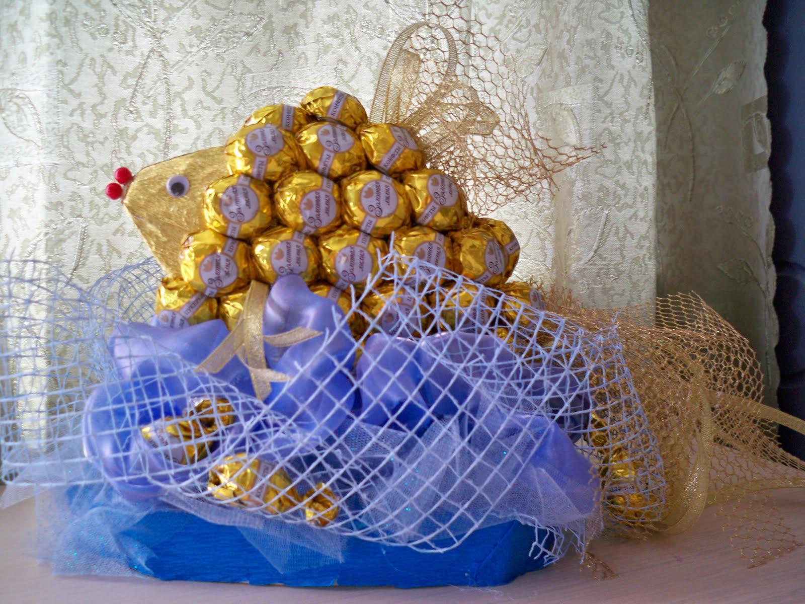 Рыбка из конфет своими руками пошаговое фото для начинающих