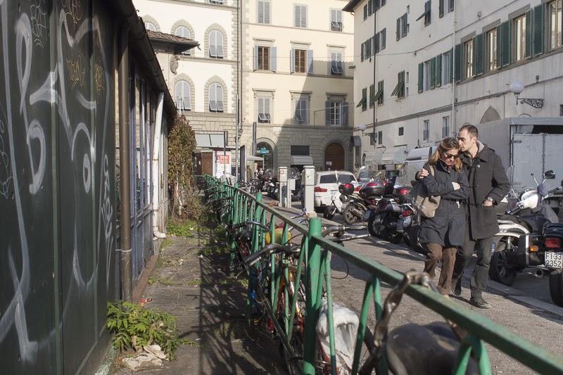 Scrivere fotografare piazza dei ciompi firenze for Piazza dei ciompi