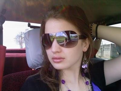 Ghareeb Larki