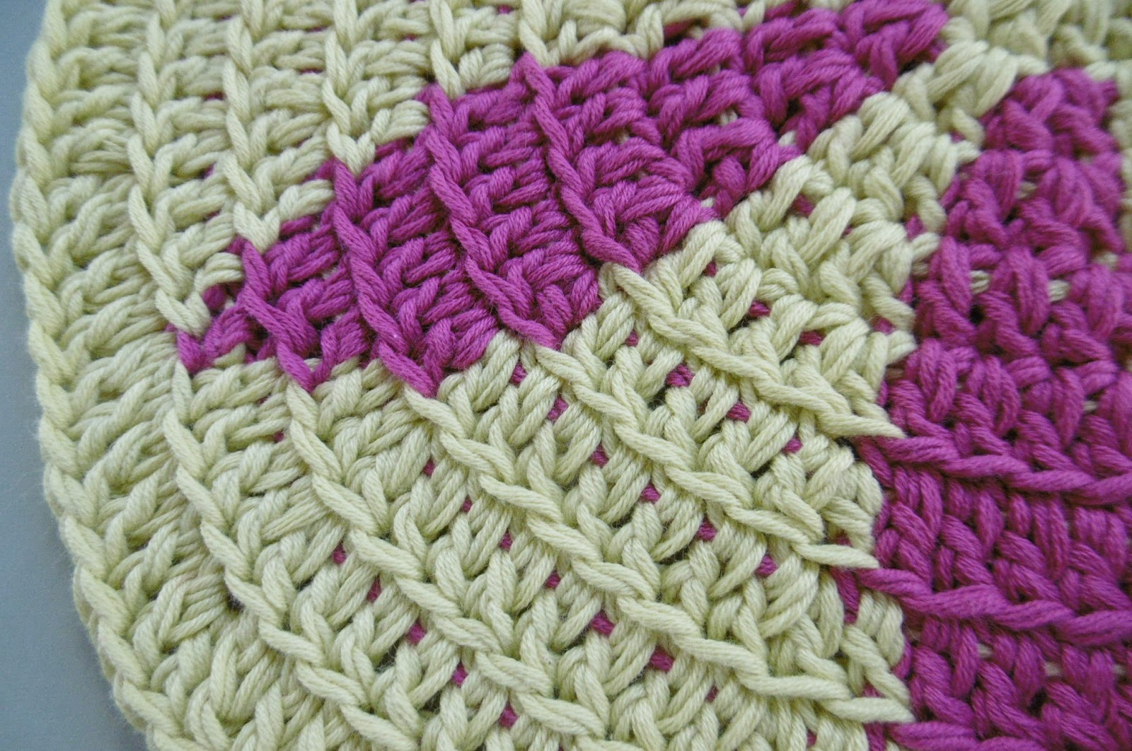 Crochet Stitches Variations : Susan Pinner: CROCHET: Tapestry Stitch and its variations..