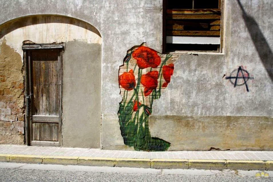 The Best Examples Of Street Art In 2012 And 2013 - BySwen Schmitz in Ivars dUrgell Catalonia, Spain