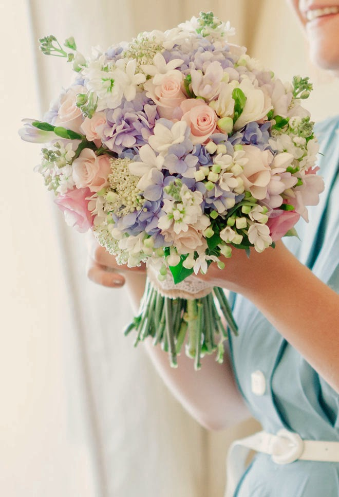 12 Stunning Wedding Bouquets 27th Edition Belle The Magazine