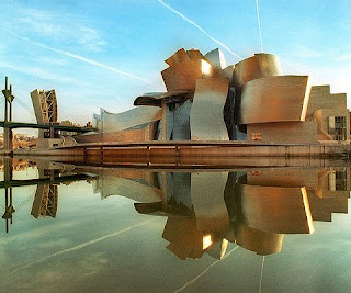 Photo image of Frank Gehry's Guggenheim museum in Bilbao, Spain