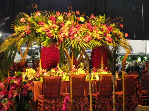 hawaiian flower table arrangement