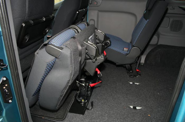 interior mobil nissan evalia mpv