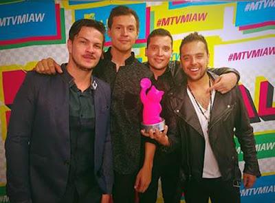 Don-Tetto-Obtiene-premio-MTV-MILLENNIAL-AWARDS-2015-categoria-mejor-artista-año-Colombia