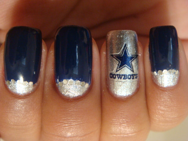 Dallas Cowboys Nail Art