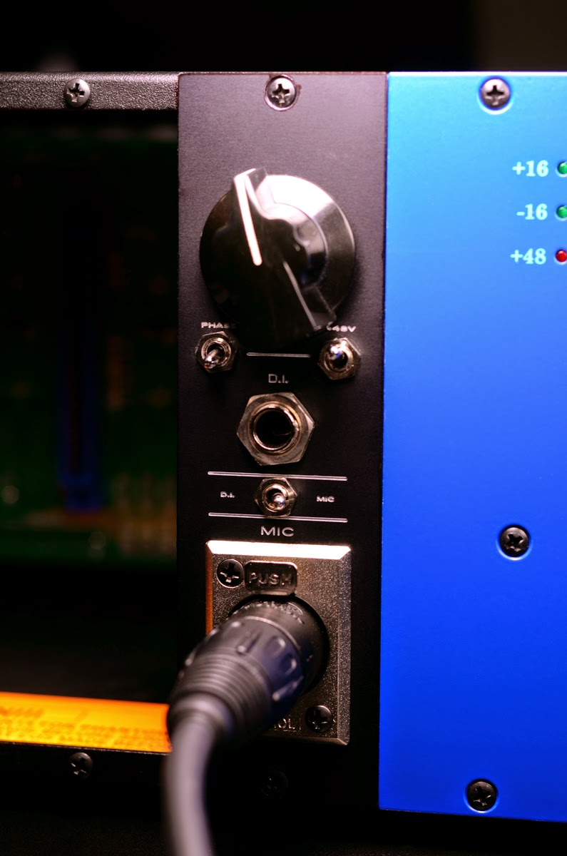 renton Blizzard - Testing prototype 500 Series microphone preamplifier