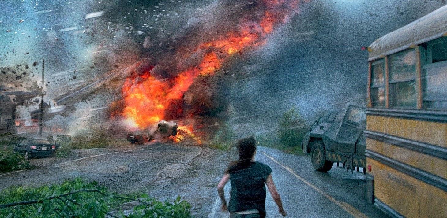 Caos e destruição em novo trailer do thriller de desastre No Olho do Tornado, com Richard Armitage