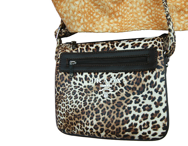 geanta animalprint copie prada