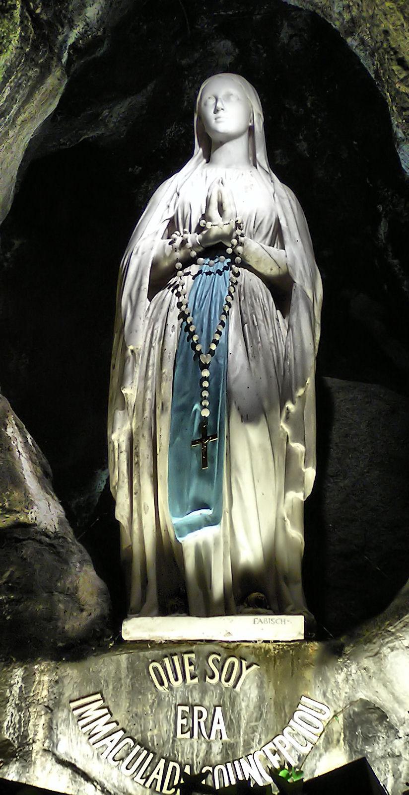 Imaculada Conceição em Lourdes, França
