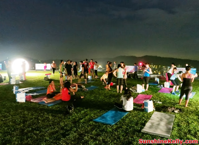 Yoga in the Sky, Yoga Rebel, Tara Stiles, Stratosphere, the roof, first avenue, bandar utama, yoga, fitness, lifestyle