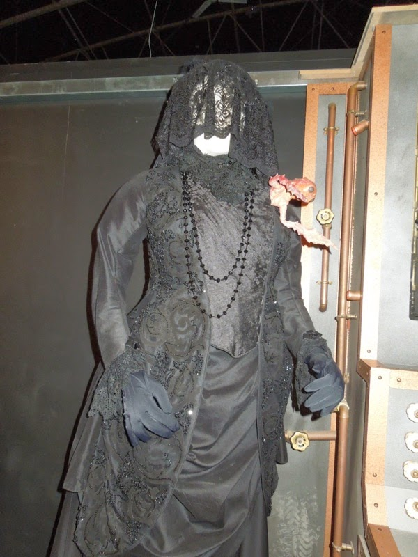 Doctor Who Crimson Horror Mrs Gillyflower costume