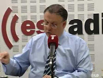 "Escuche a Csar Vidal presentando mi libro ""Repblica y GC en Monesterio"" en Es Radio"