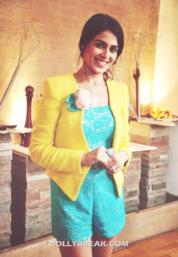 Genelia D'Souza Latest Photo in yellow jacket - Genelia D'Souza Latest Pics - July 2012