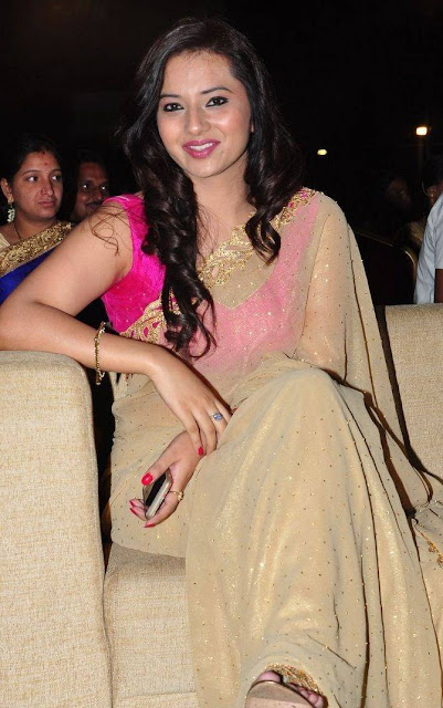 Isha Chawla Stills At Harinath Wedding Reception