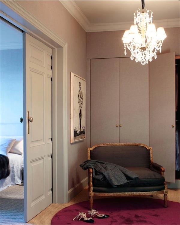 vestidor con sillon de epoca