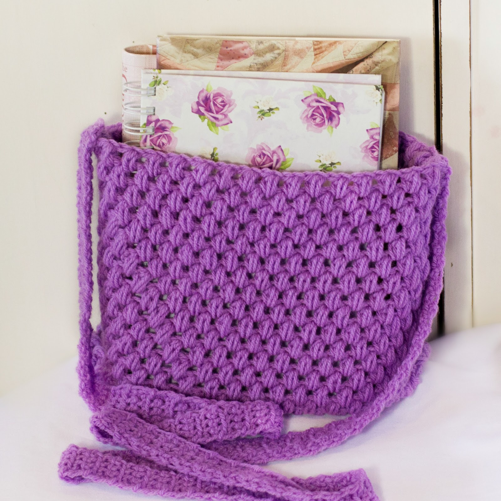 Free Crochet Purse And Bag Patterns : ... Craft, Crochet, Create: Out and About ~ Easy Tote Bag Crochet Pattern