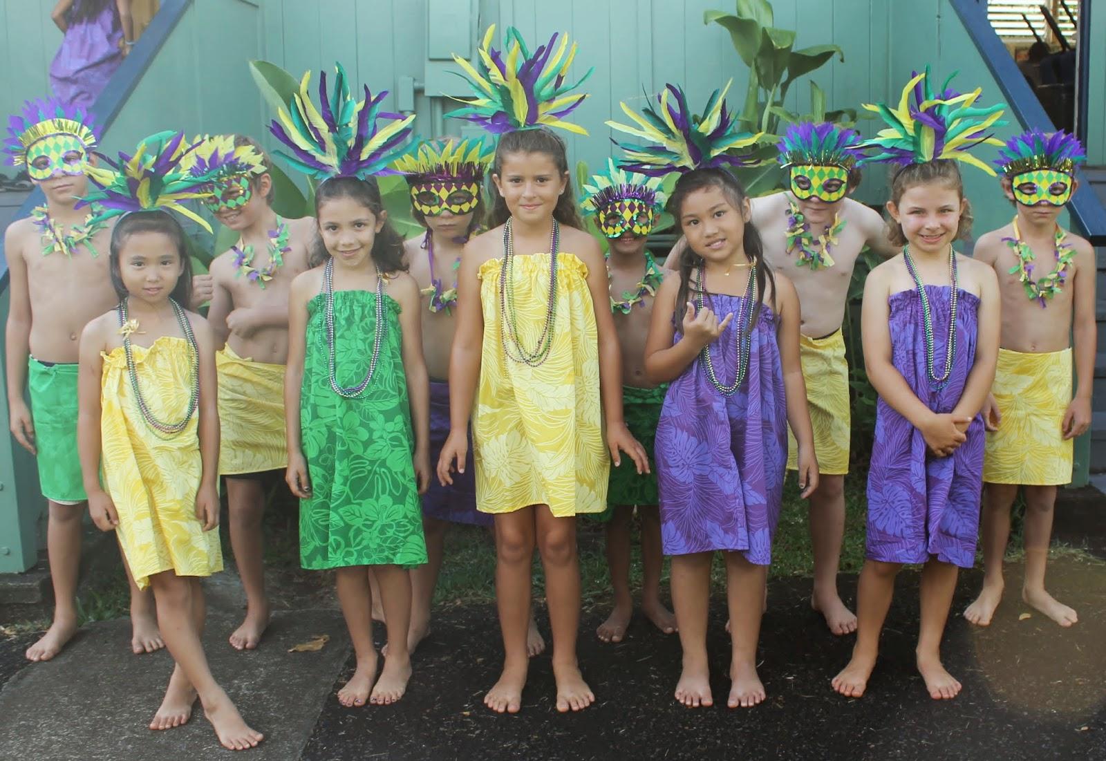 Uncategorized Kids Mardi Gras may 2014 surfin through second
