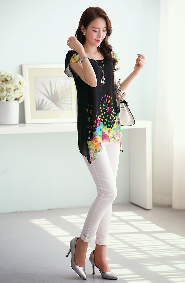 Teen girls clothes trendy