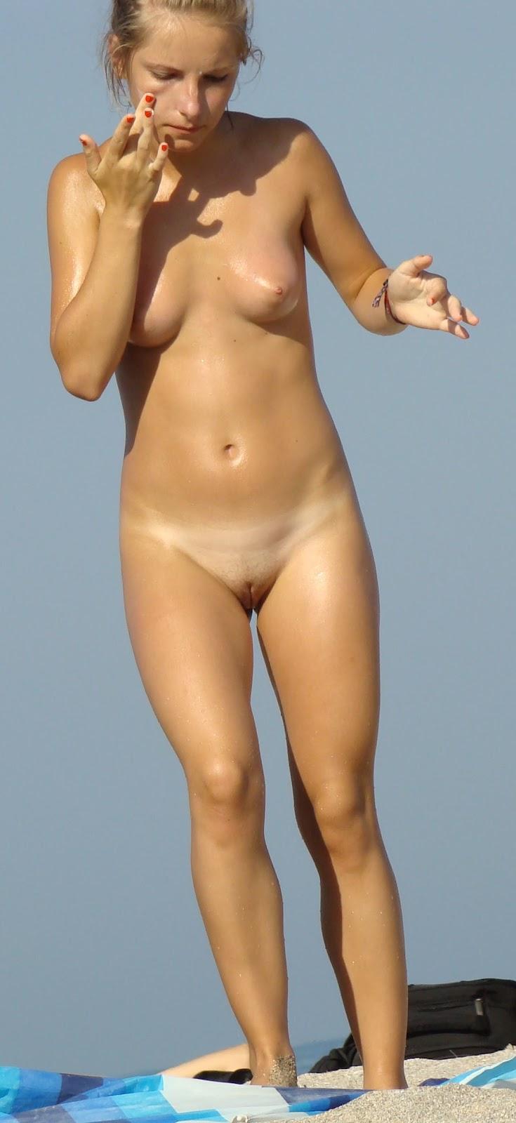 Nude Beach Girls Pussy Lips