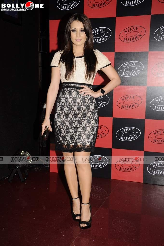 , Hot 30+ Minissha Lamba At Steve Madden Launch