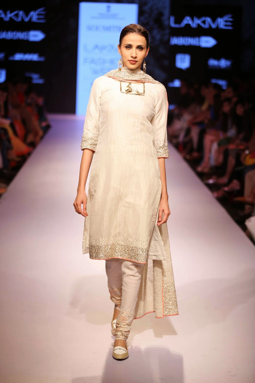 http://aquaintperspective.blogspot.in/,LIFW Day 2, Soumitra Mondal