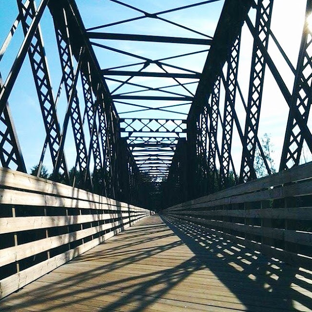 bridge vanishing point