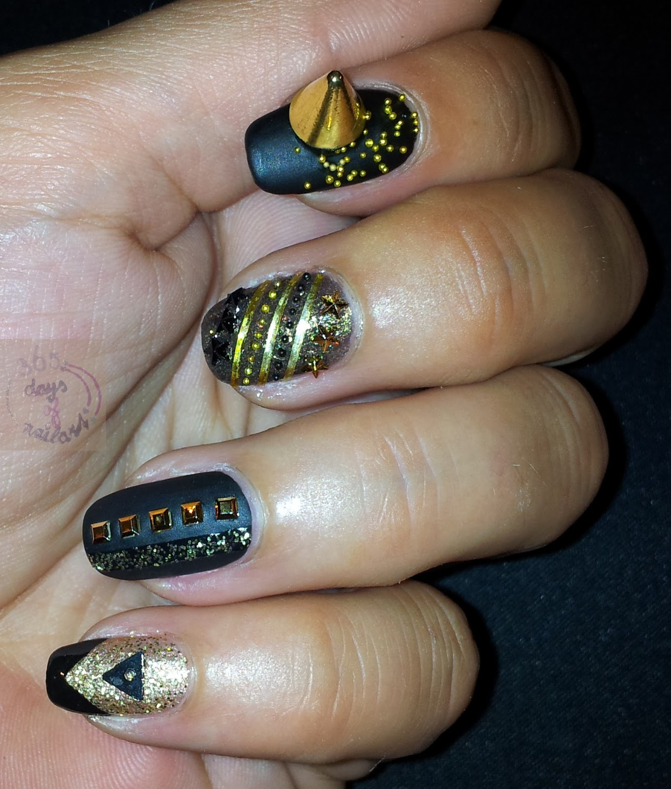 365+ days of nail art: Day 203) Classy rock nails