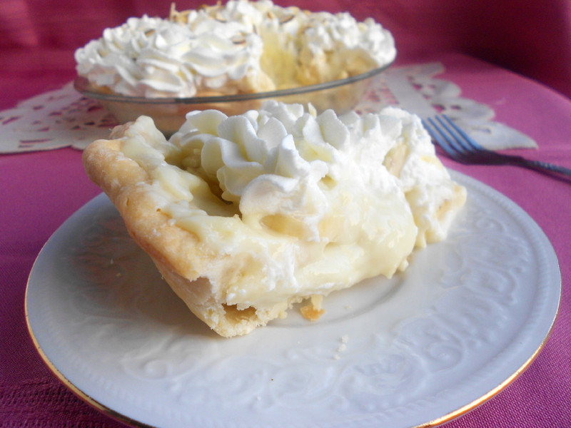 Banana Cream Pie - Confessions of a Confectionista