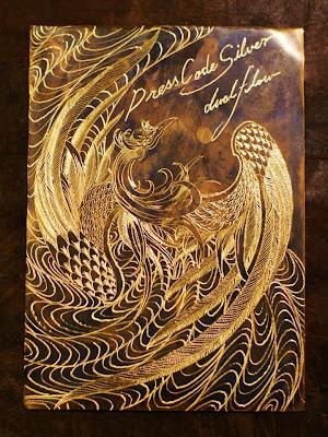 Dual Flow 的杉山孝博所造的銅板雕