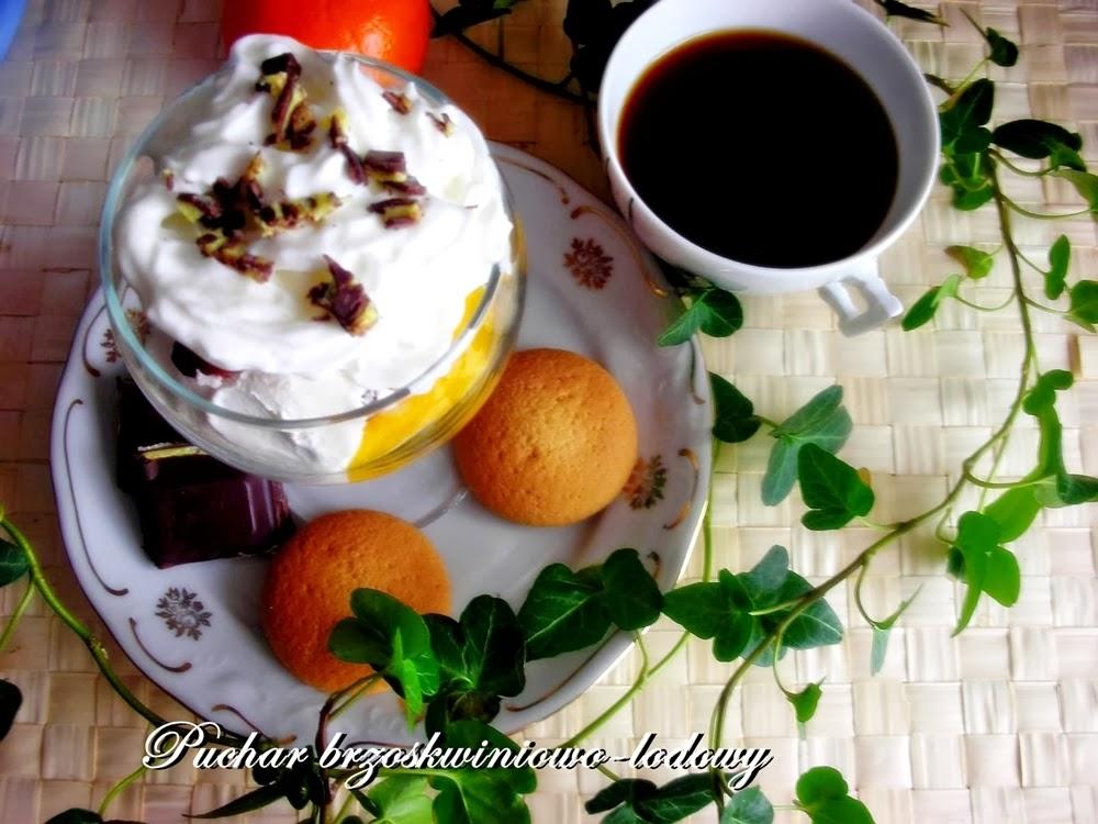 puchar brzoskwiniowo-lodowy