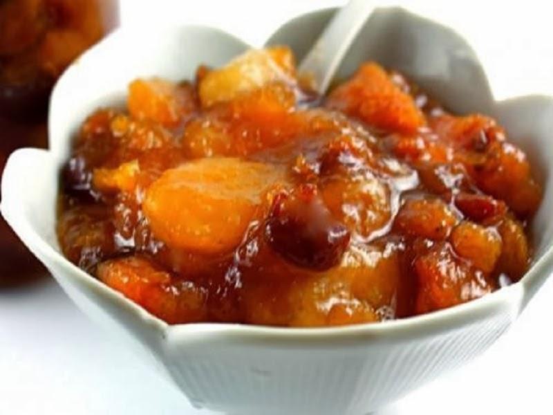 Flamed fruit dessert syrup