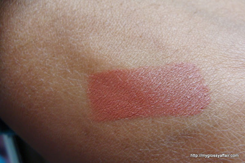 Colorbar Velvette Matt Lipstick Creme Cup Review