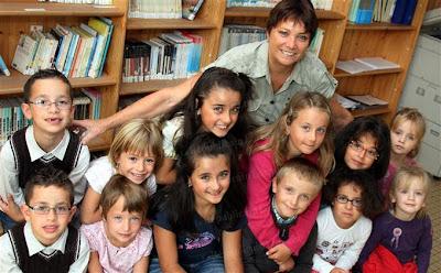 http:\\criandomultiples.blogspot.com Gemelos Mellizos escolarización de gemelos de múltiples