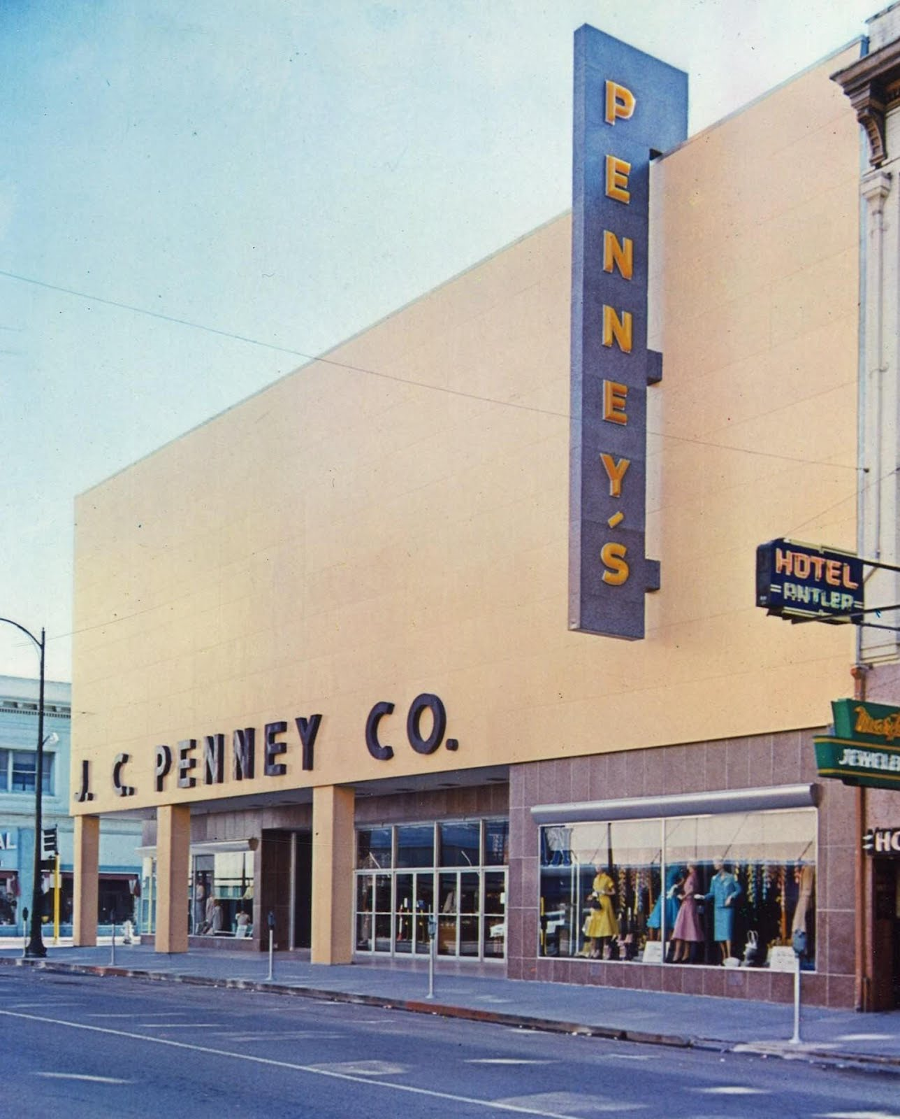 Pleasant family shopping j c penney king of the soft goods for Jc penneys